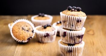 Vegan Blueberry Muffins Recipe for an Easier Monday Morning