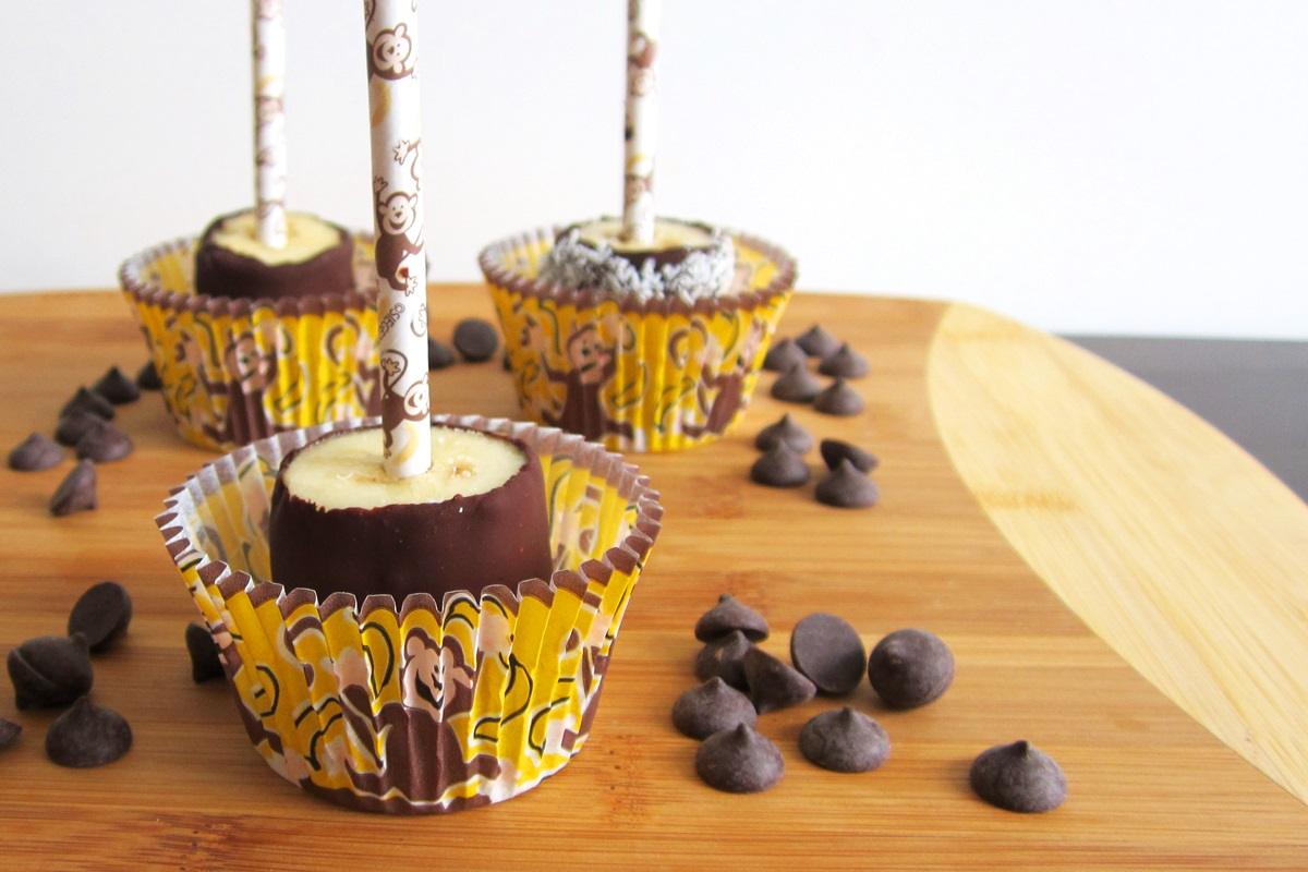 Frozen Chocolate Monkey Pops - So easy, fun, tasty and healthy! (dairy-free, gluten-free, vegan)