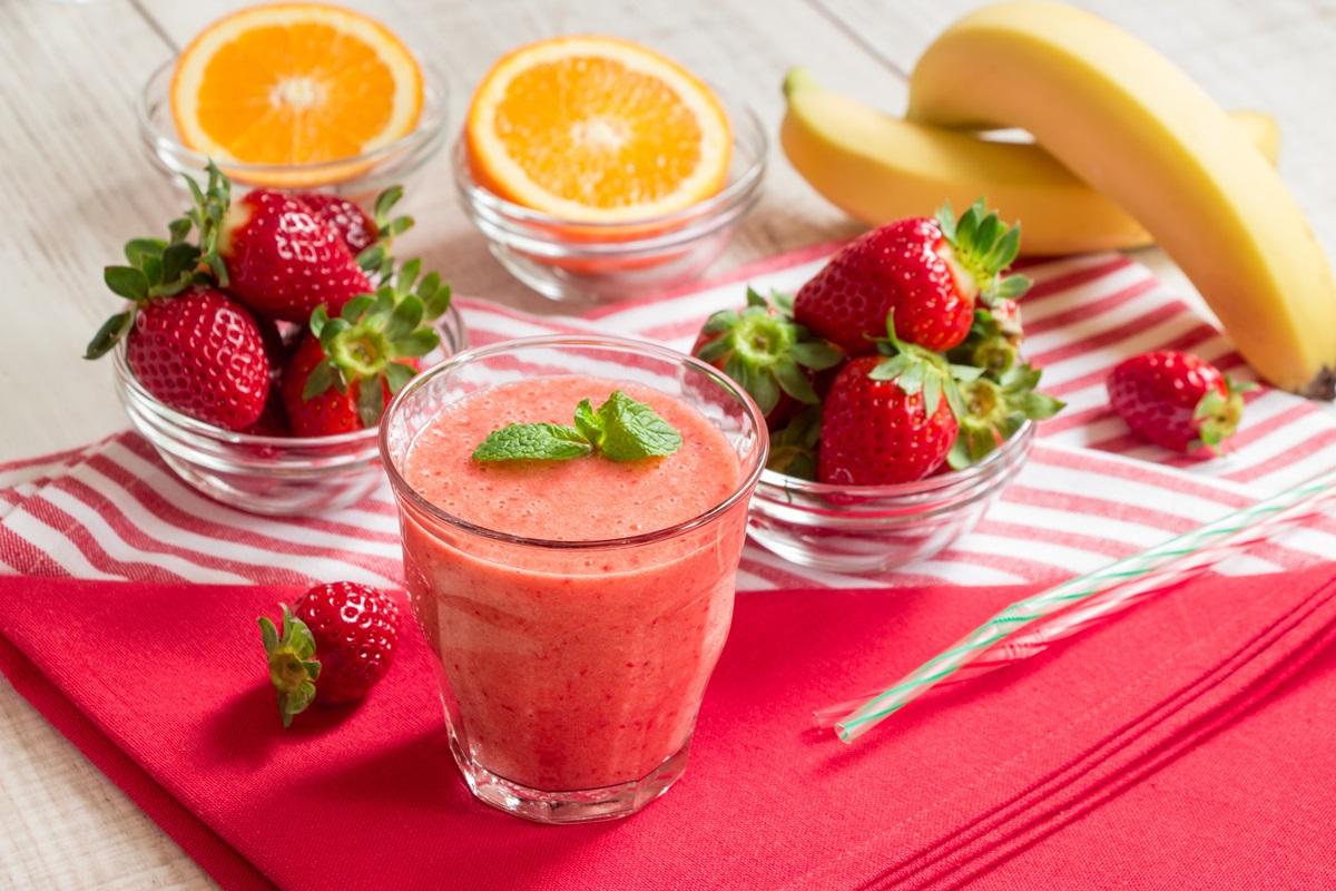 Super C Strawberry Smoothie Recipe - easy, healthy, vegan, and paleo beverage