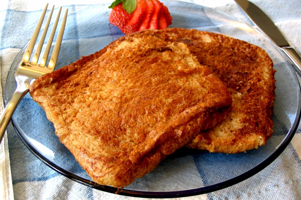Healthy Baked Vegan French Toast Recipe infused with Orange Juice - wholesome ingredients, easy, delicious, soy-free, dairy-free, egg-free.