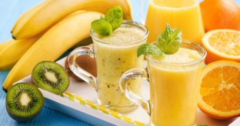 Dairy-Free Kiwi Smoothie Recipe - Healthy, Nutrient-Rich, and Sweetener-Free (Plant-based, Gluten-free, Nut-free)