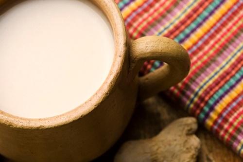 6 Surprising Secrets to Bone Health + Homemade Dairy-Free Chai Tea