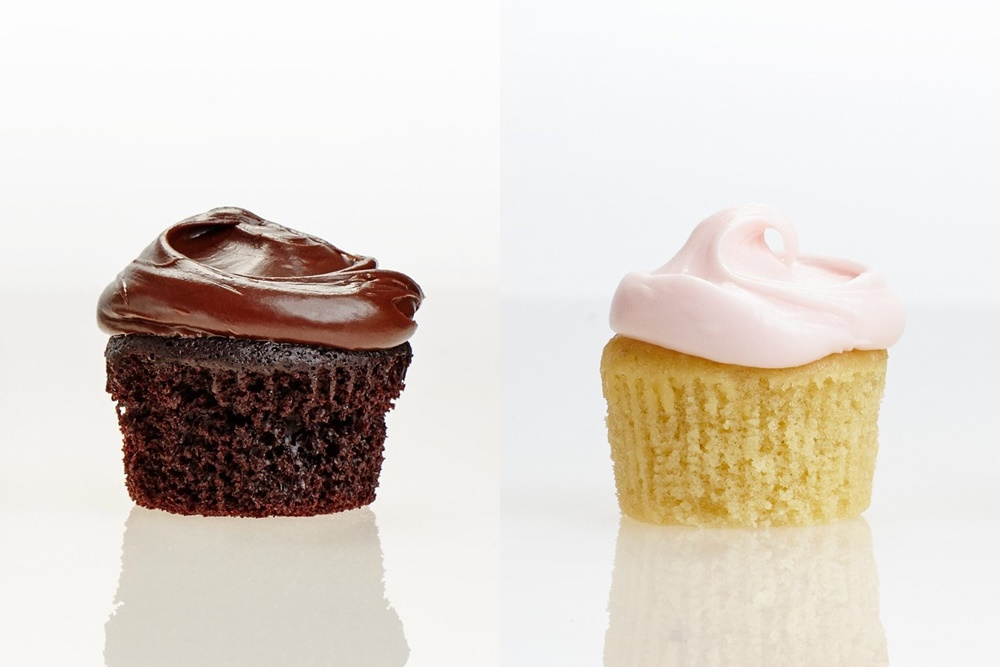 Divvies Cupcakes w/ Frosting (Review): Dairy-, Egg- and Nut-Free