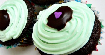 Chocolate Mint Vegan Cupcakes (easy egg-free chocolate cupcakes with a sweet, dairy-free mint frosting)