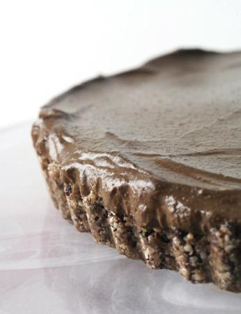 Raw Superfood Chocolate Cream Pie Recipe (Vegan, dairy-free, gluten-free, nut-free, soy-free)