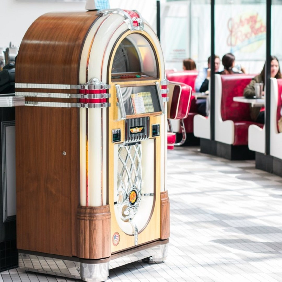 Dairy-Free Menu Guide to Johnny Rockets (with Vegan and Gluten-Free Options)