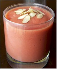 Pomegranate Mango Smoothie