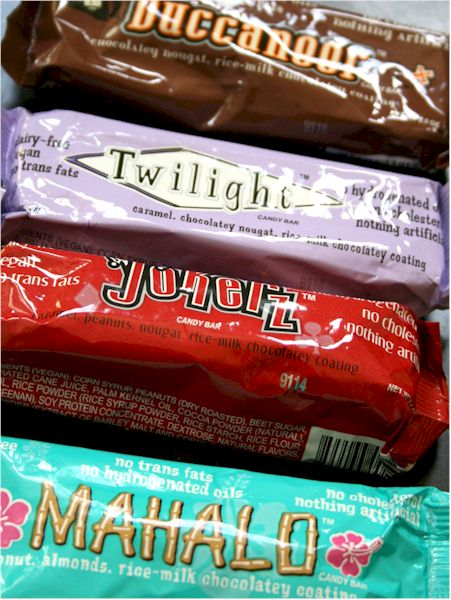 a review of different candy bars Top 10 best chocolate bars sports teams, school groups, cheerleaders, bands  and any group with a variety of people so different preferences.