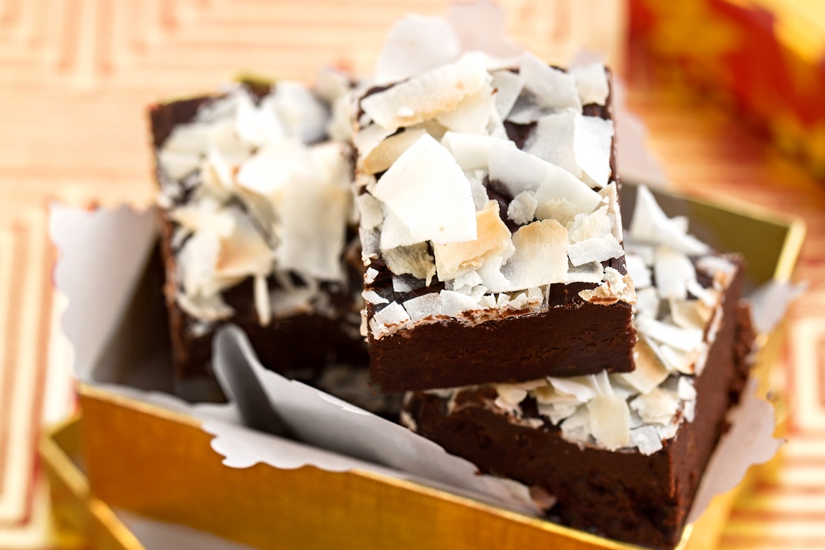 The Best Vegan Fudge Recipe - Fast (10 Minutes!), Easy, and Delicious! Can be gluten-free, nut-free, and soy-free too! Includes Coconut, Ginger and Pecan Spice Options