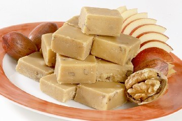 Vegan Maple Cream Fudge