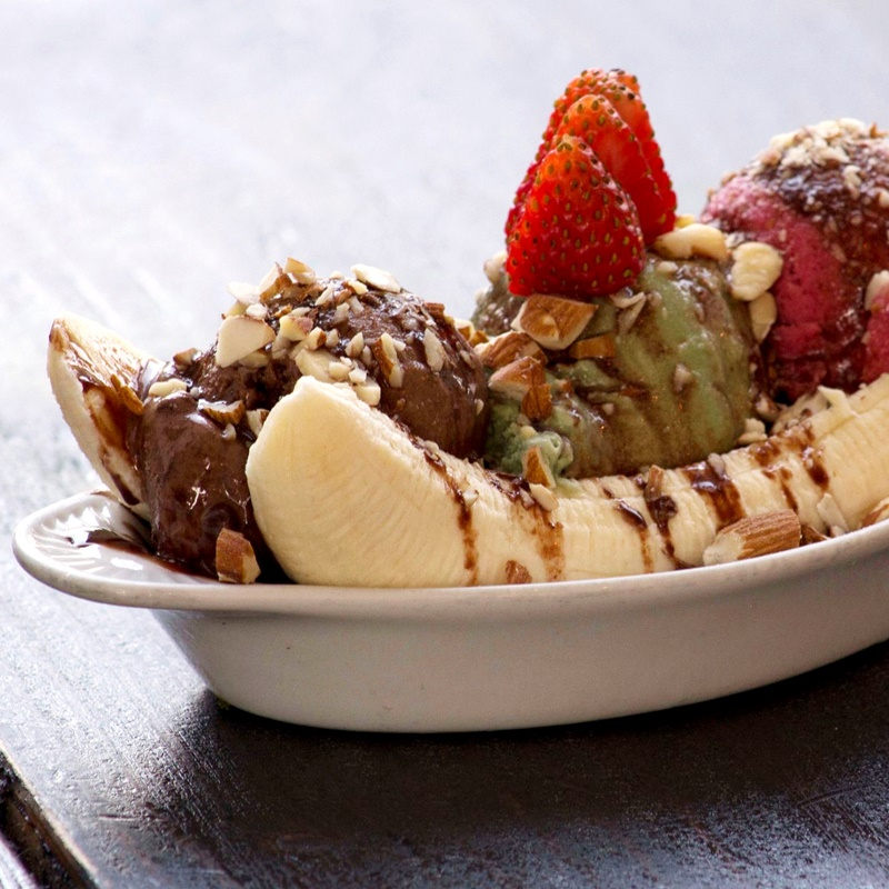 KindKreme is a gourmet, raw, vegan, organic dessert shop with several locations in the Los Angeles area.. They serve dairy-free ice cream (scoops & soft serve), sundaes, coffee beverages, bistro items and more!