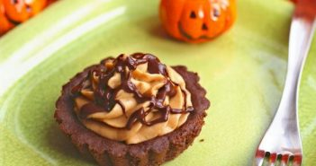 Vegan and Gluten-Free Pumpkin Mousse Tart