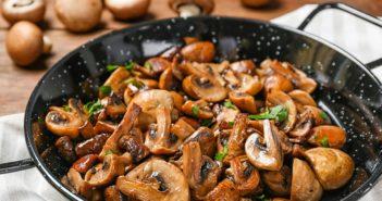 Sherry Mushrooms Recipe for a Fast & Flavorful Vegan Tapas Night