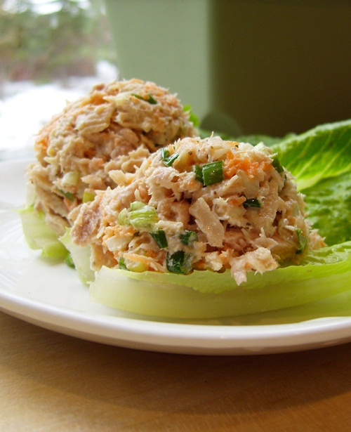 Two onion tuna fish salad simple dairy free recipe for Tuna fish salad recipe with egg