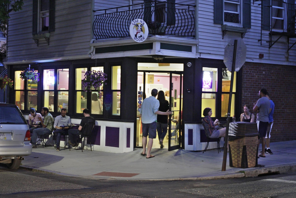Like No Udder - an all-vegan, dairy-free ice cream shop (Providence, RI) and traveling food truck