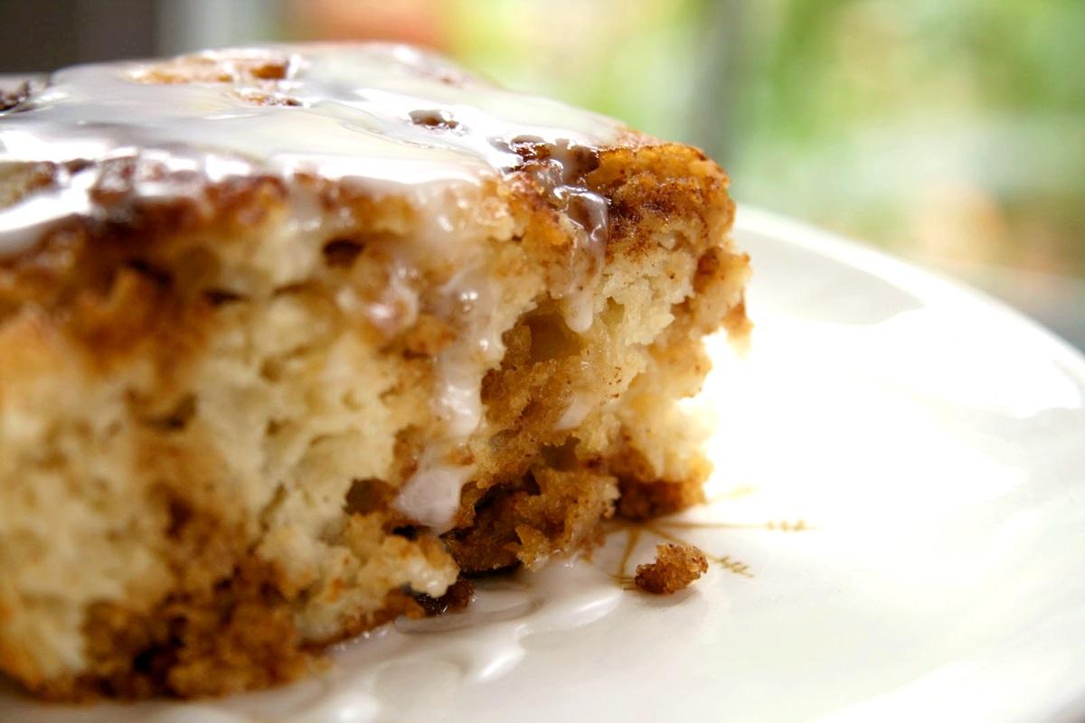 Cinnamon Bun Bread Recipe: Gluten-Free, Vegan & Lower Sugar Options!