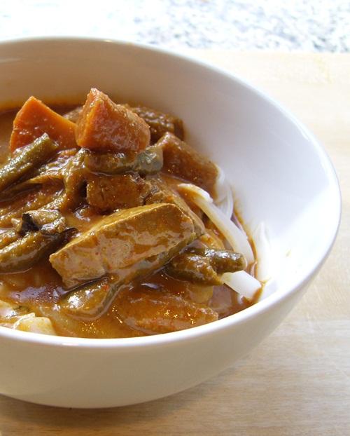 Tasty Bite Vegan Malaysian Entrees