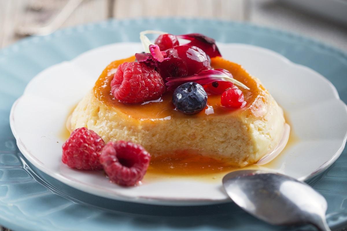 Dairy-Free Crème Caramel Recipe, an Easy Dessert for Entertaining - also naturally gluten-free, nut-free, soy-free and coconut-free #cremecaramel #dairyfreedessert