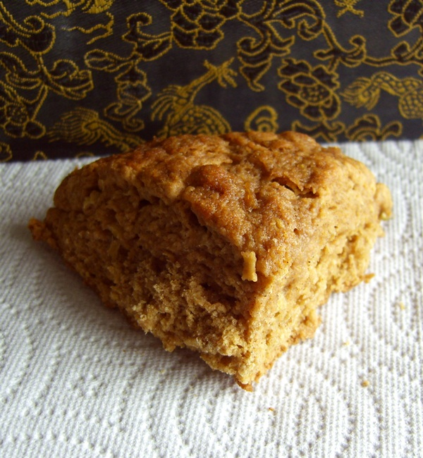 Whole Wheat Apple Cinnamon Vegan Scones w/ Gluten-Free Option