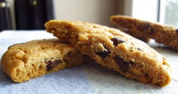 Fabe's Chocolate Chip Cookies - Vegan and Refined Sugar-Free