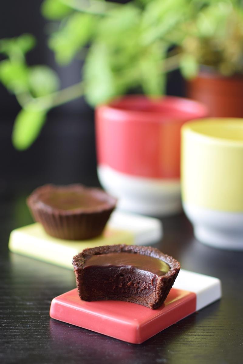 Two-Bite Chocolate Mint Fudge Tartlets Recipe - no bake, dairy-free, gluten-free, vegan and allergy-friendly