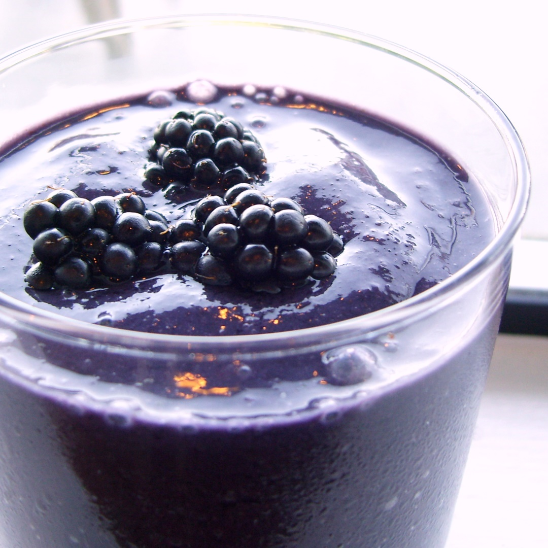 Blackberry Banana Breakfast Smoothie Recipe - dairy-free, vegan, creamy and delicious!