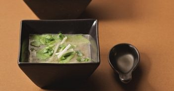 Nutrient-Packed Vegan Miso Soup Recipe