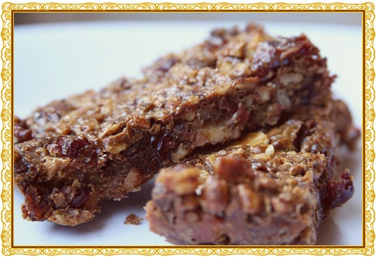 Paleo Lara Bars - Homemade