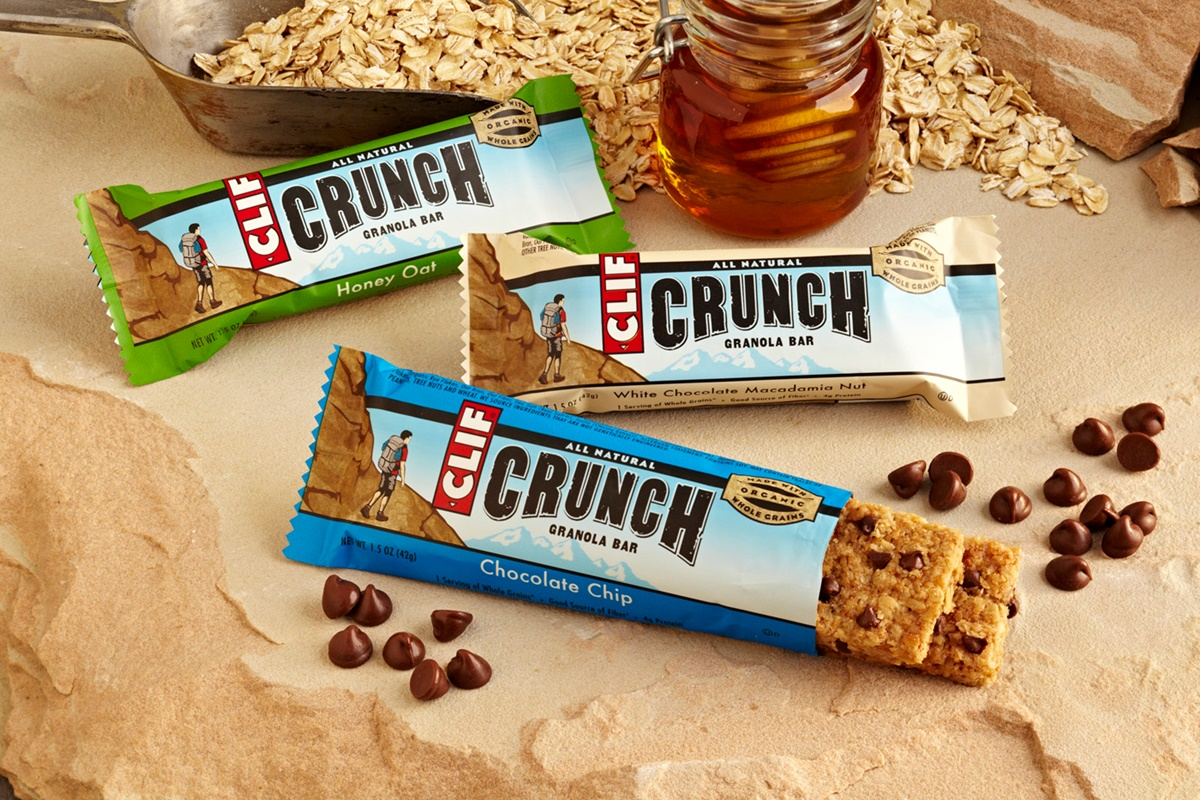 Clif Crunch Granola Bar Review