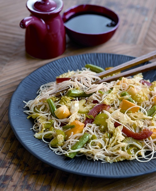 Stir-Fried Rice Noodles with Vegetables