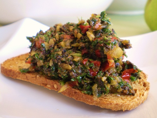 Vegan Sun-Dried Tomato & Olive Tapenade Recipe