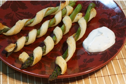 Vegan Bistro Asparagus Appetizer Twists