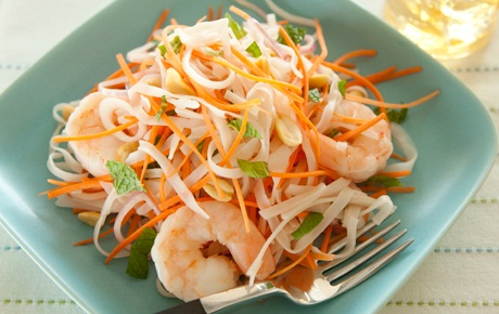Fresh Shrimp and Carrot Salad with Quick Thai Salad Dressing