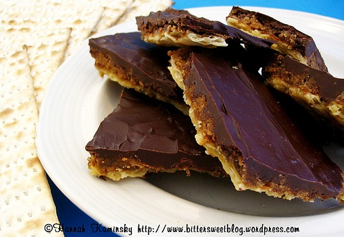 Easy Vegan Matzah Toffee Recipe