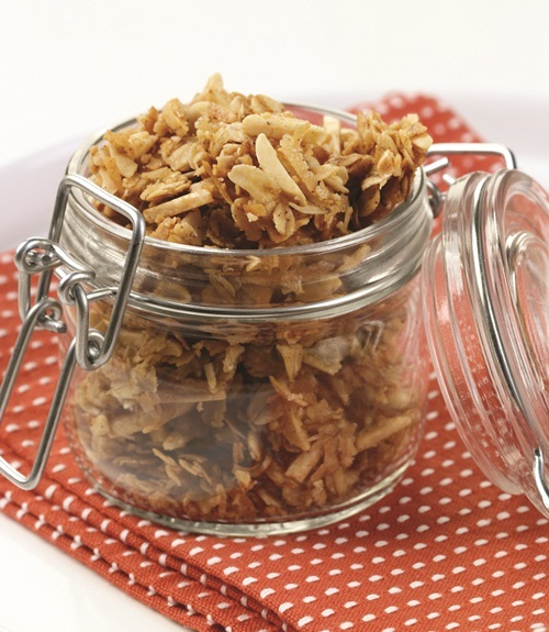 Breakfast Cereal Recipes: Earthbound Farm's Famous Granola