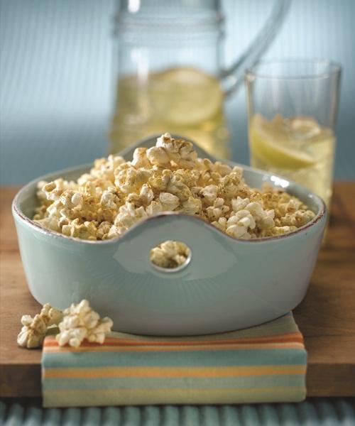 Dairy-Free & Vegan Cheesy Curry Popcorn Recipe