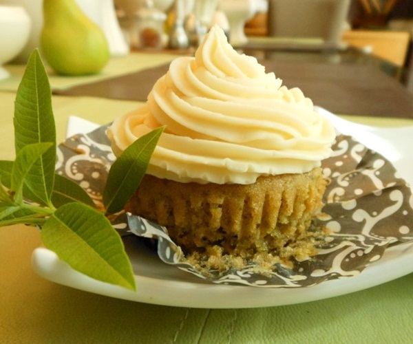 how to make buttercream frosting without milk