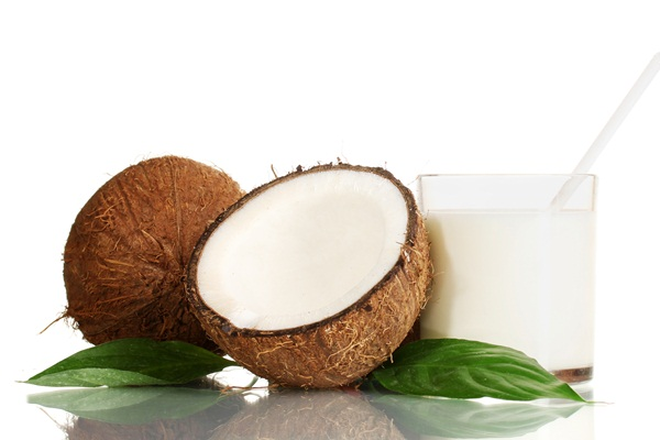 how to make coconut milk from a mature coconut