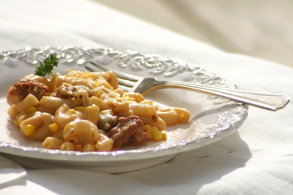 Dairy-Free Chili Mac and Cheese