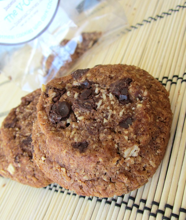 Isabella's Cookies Review - Vegan Oatmeal Chocolate Chip