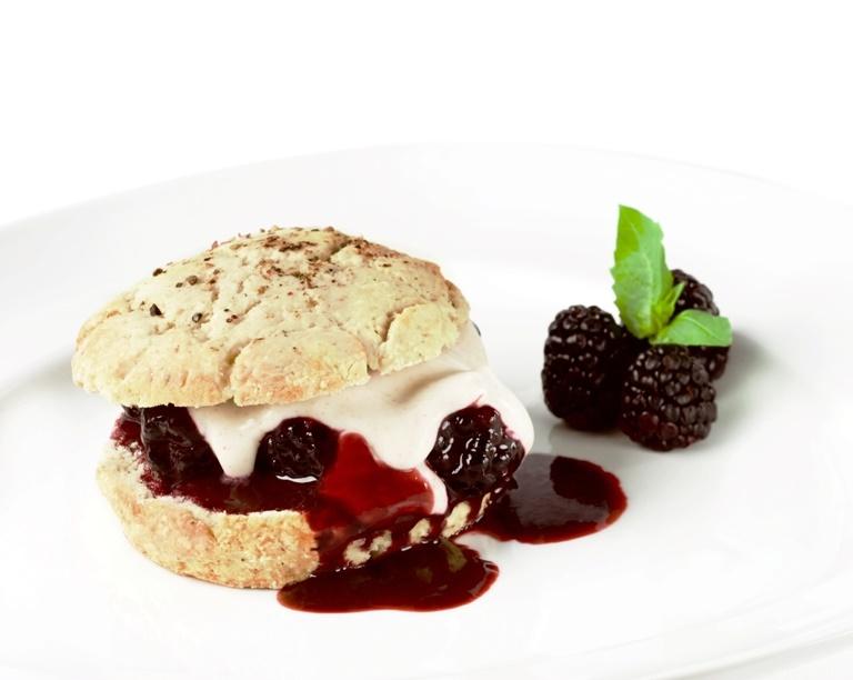 Vegan Cashew Whipped Cream Recipe - creamy, dairy-free & soy-free
