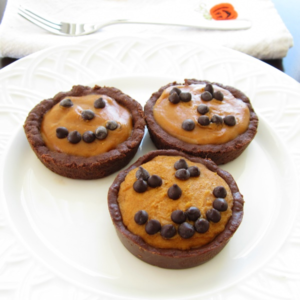 Dairy-Free No Bake Mini Pumpkin Pies Recipe