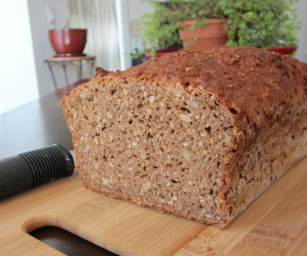 Bob's Red Mill Hearty Whole Grain Gluten-Free Bread Mix - Review