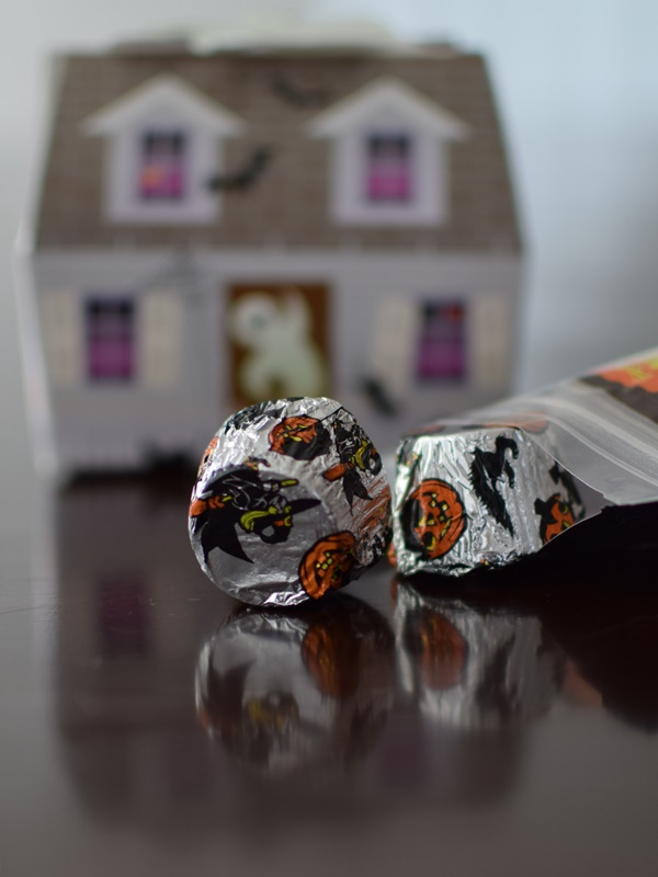 Premium Chocolatiers Holiday Gluten and Dairy Free Chocolate - Spooky Halloween Box