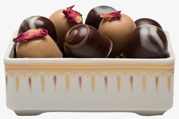 Guide to the Best Dairy-Free Valentine Chocolate: Over 20 Chocolatiers with Vegan, Gluten-Free, Food Allergy-Friendly, Organic, Fair Trade and more! Pictured: Gnosis Passion Collection Dish