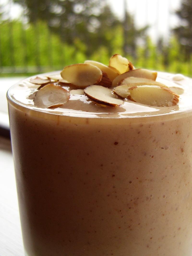 Good Healthy Snacks - Amazing Dairy-Free Almond Shake