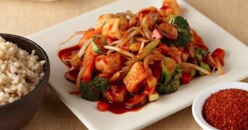 Saffron Road Simmer Sauces - 6 Dairy-Free Varieties (Thai Red Curry pictured)