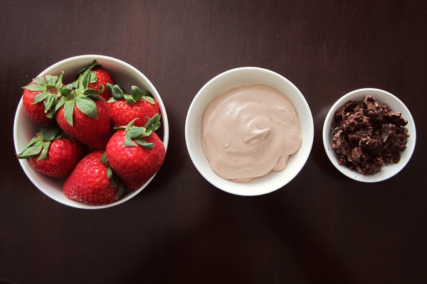Strawberries with Cocoa Whipped Cream and Chocolate Crisps