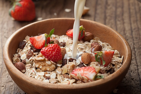 Healthy Vegan Breakfast Cereal Recipes: Muesli