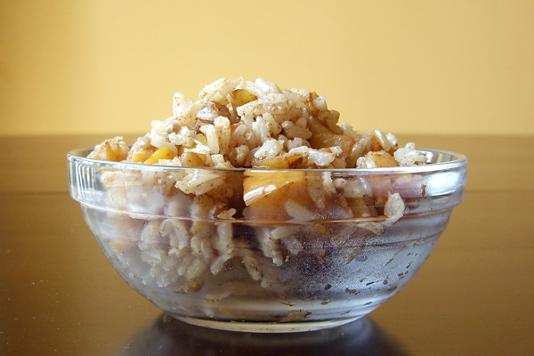 Breakfast Cereal Recipes: Nutty Apple Cinnamon Breakfast Rice